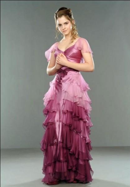 Avec qui Hermione va-t-elle au bal du Tournoi des 3 Sorciers ?