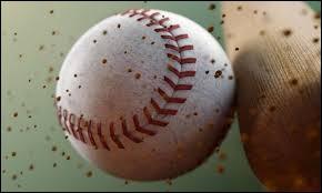 On y joue au baseball. Il s'agit de ...