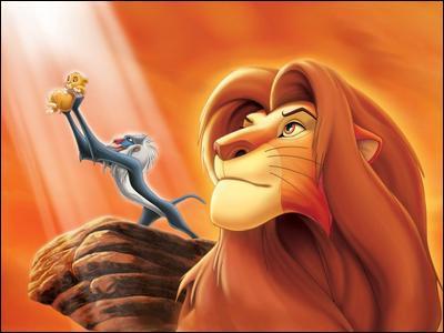 Dans 'Le roi lion', quel est le tout premier animal qu'on peut voir dans le générique 'Le cycle de la vie' ?