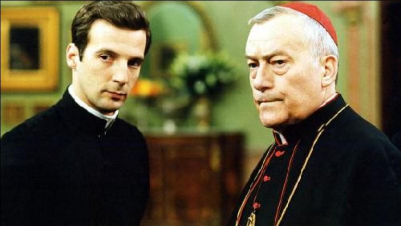"""Sorti en 2002, le film """"Amen."""" a été réalisé par Costa-Gravas."""
