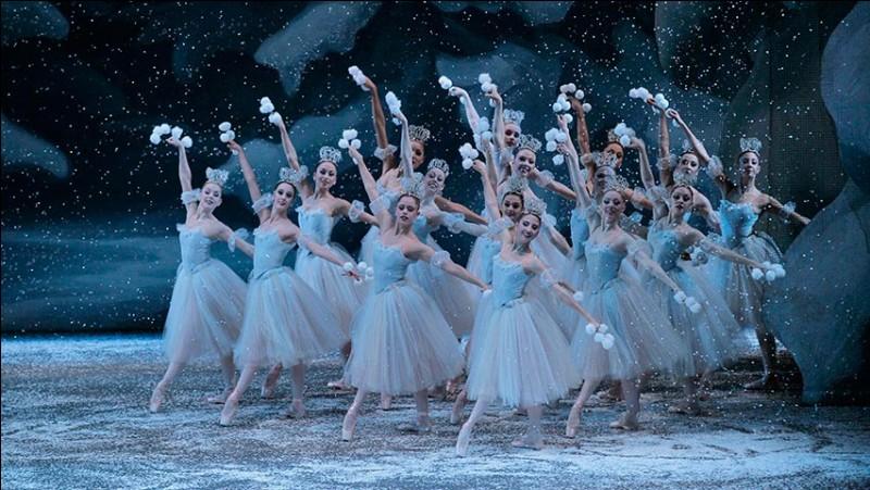 Qui a composé la musique du ballet féerique ''Casse-noisette'' en 1891/1892 ? Clip à voir !