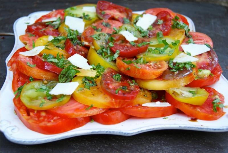 Je vais assaisonner ma salade de tomat___ avec de l'huile d'oliv____.