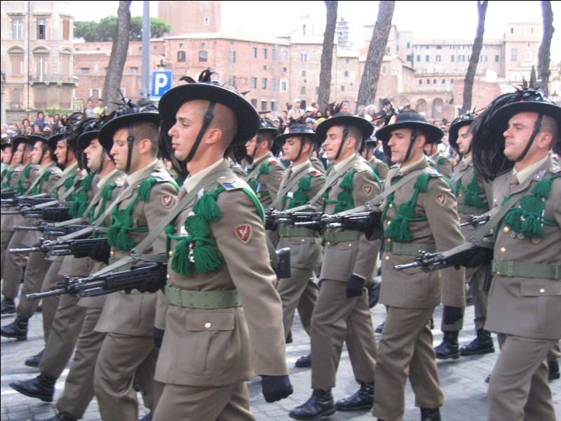 Soldat d'infanterie légère dans l'armée italienne !