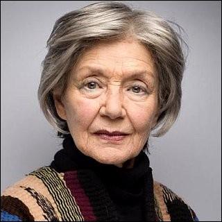 """Cette actrice (1927 - 2017), révélée par son rôle dans """"Hiroshima mon amour"""", couronnée à la Mostra de Venise pour son interprétation dans """"Thérèse Desqueyroux"""", c'est Emmanuelle..."""