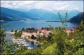 Lequel de ces lacs ne se trouve pas en Italie ?