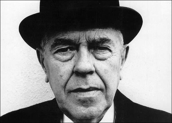 Quelle peinture n'est pas de René Magritte ?
