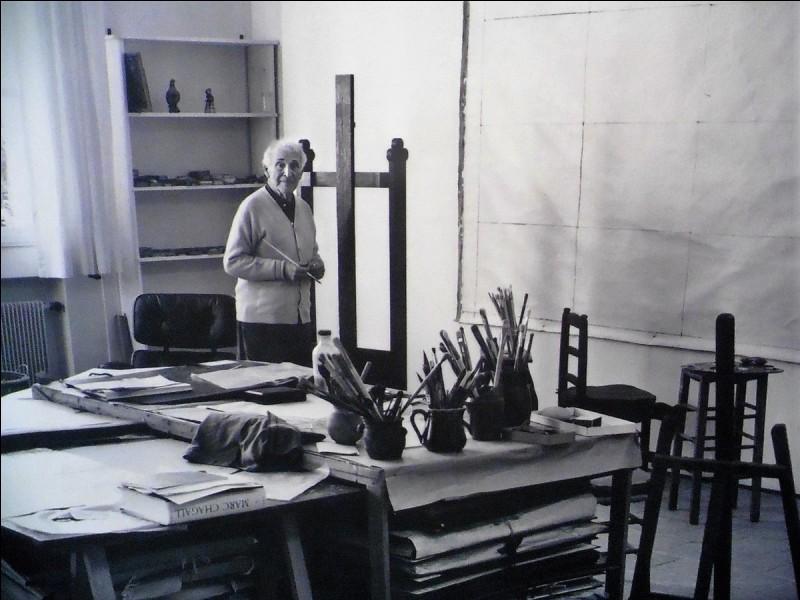 Quelle peinture n'est pas de Marc Chagall ?
