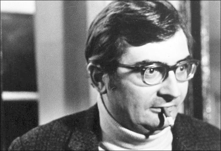 """Ce cinéaste (1930 - 2010) dont la carrière a débuté avec """"Le Beau Serge"""" puis """"Les Cousins"""", c'est Claude..."""