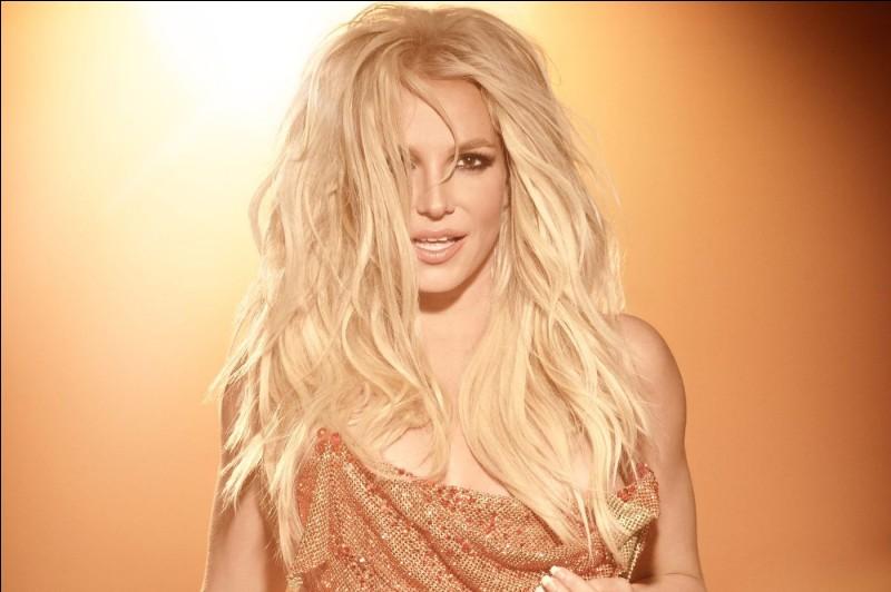 Quel titre a chanté Britney Spears ?