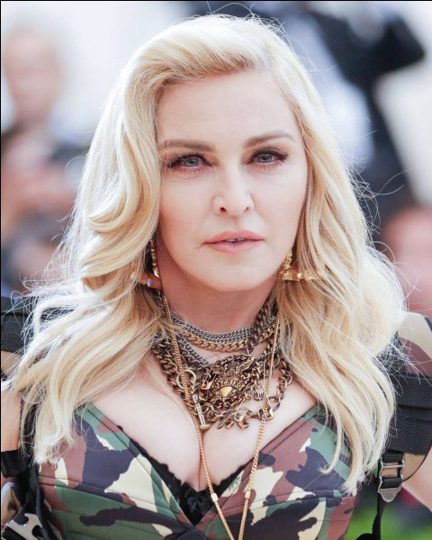 Quel titre a chanté Madonna ?