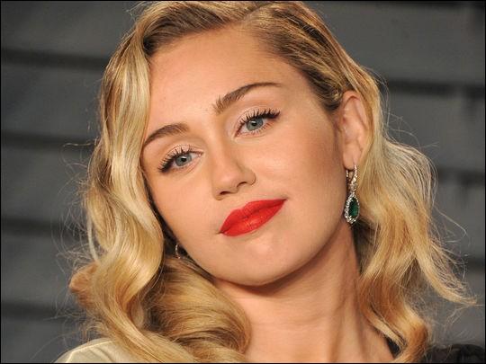 Quel titre a chanté Miley Cyrus ?