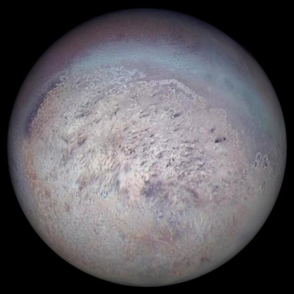 Autour de quelle planète gravite Triton ?