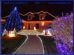 Nous terminons cette balade devant ces illuminations, à Villers-sous-Châtillon. Nous sommes dans la Marne, en région ...