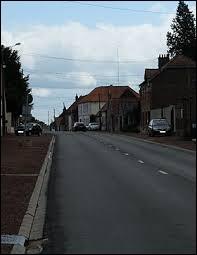 Nous débutons ce périple dans les Hauts-de-France, à Baralle. Village de l'arrondissement d'Arras, il se situe dans le département ...
