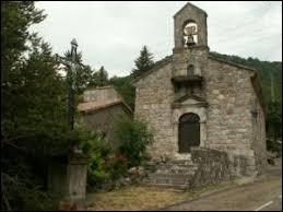 Petit village de 51 habitants, dans les Cévennes Ardéchoises, Péreyres se situe en région ...