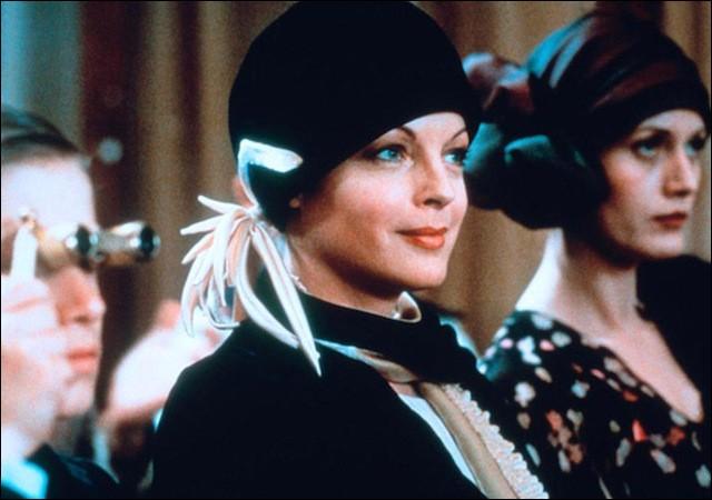 Elle est Emma Eckhert dans le film réalisé par Francis Girod, sorti en 1980, qui se déroule dans le Paris des années 1920. De quel film s'agit-il ?