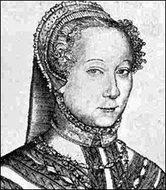 Quel était le surnom de Louise Labé ?