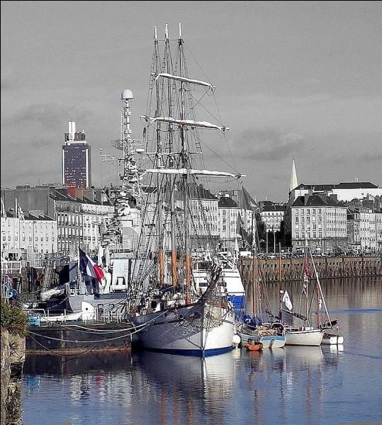 Quel temps fait-il sur Nantes, dans la chanson de Barbara ?