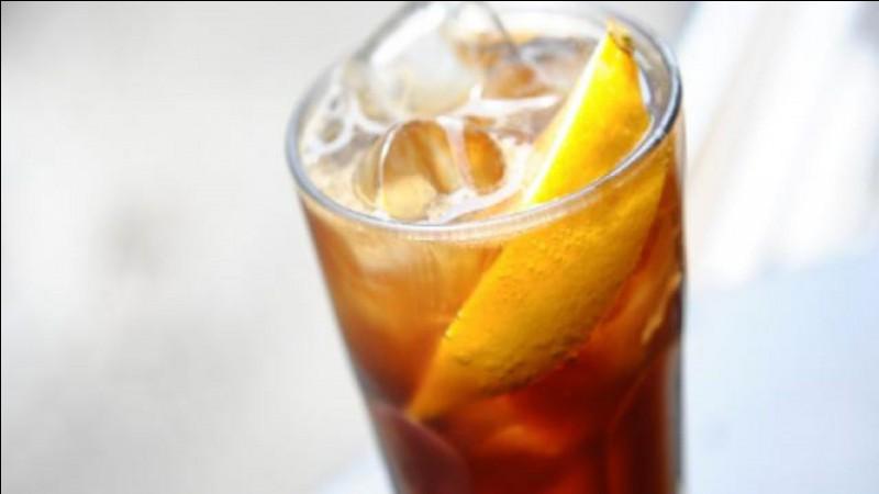 Dans un bar, que prends-tu à boire ?
