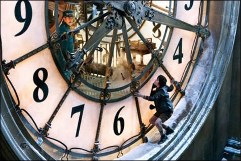 Quel célèbre orphelin a un lien étroit avec cette horloge ?
