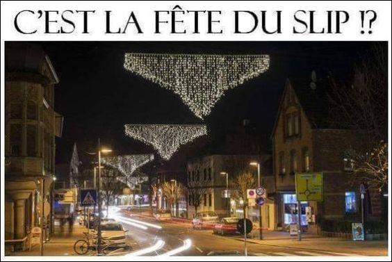 """Encore une merveilleuse et drôlatique idée de décoration urbaine, en Allemagne, repérée par un internaute qui l'a correctement qualifiée en """"fête du slip"""" ! Allez, comment dit-on slip en allemand ?"""