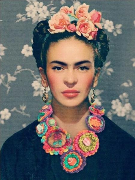 Connue pour ses célèbres peintures, Frida Kahlo était une militante dans la lutte pour les droits de la femme. Mais dans quel pays ?