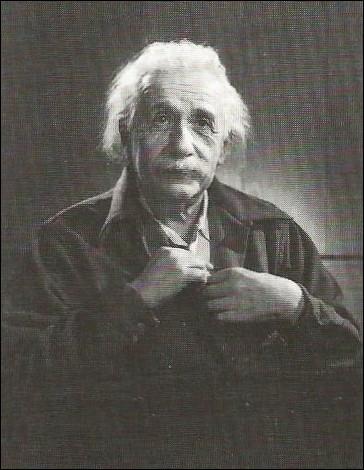 En quelle année est mort Albert Einstein ?