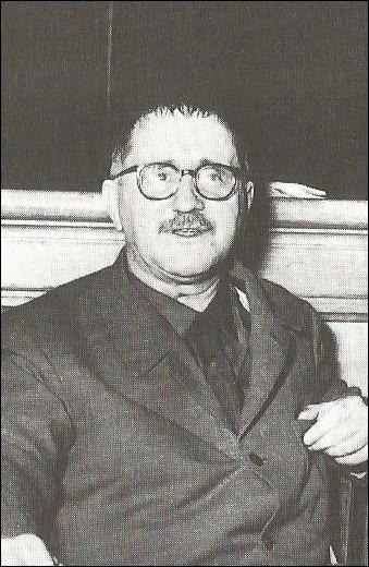 """Le 14 août 1956 décède à Berlin le père de """"Mère courage et ses enfants"""" , c'est..."""