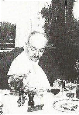 Le 22 juillet 1956, à Paris, décède Maurice-Edmond Sailland. Sous quel nom est-il plus connu ?