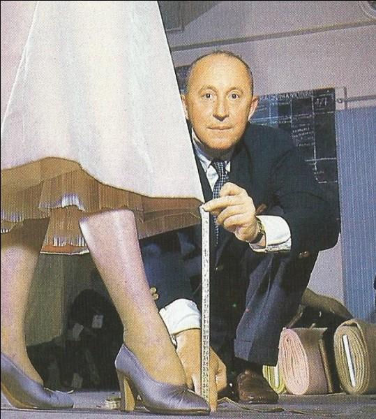 """Qui est cet homme, créateur du """"new look"""", qui décède en octobre 1957 ?"""