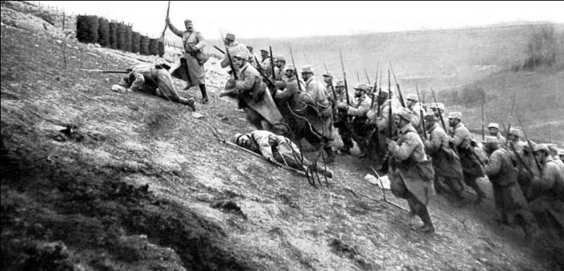 Quel roman d'Ernest Hemingway, publié en 1929, voit son action se dérouler en Italie durant la Première Guerre mondiale ?