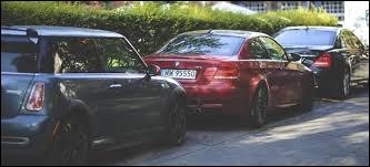 À partir de quand un véhicule est considéré en stationnement abusif ?