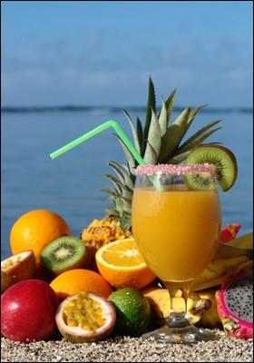 Avec quel alcool fait-on la piña colada ?