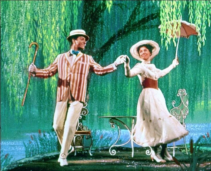 """Quel personnage du premier """"Mary Poppins"""" est de retour dans le deuxième opus du film, sorti en décembre 2018, à l'exception de Mary Poppins ?"""