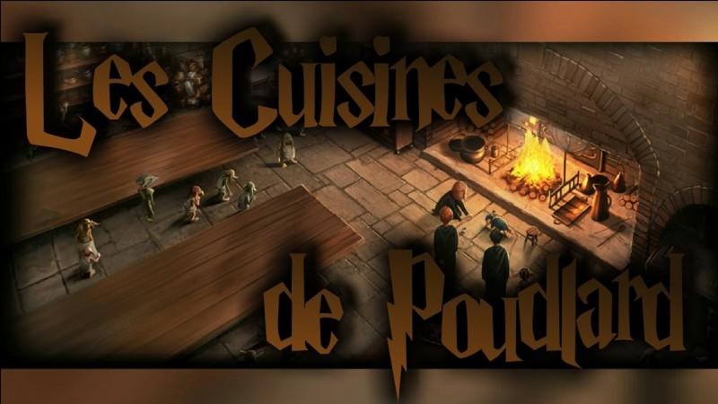 Comment accède-t-on aux cuisines de Poudlard ?