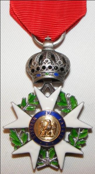 Qui lui a remis la Légion d'honneur ?