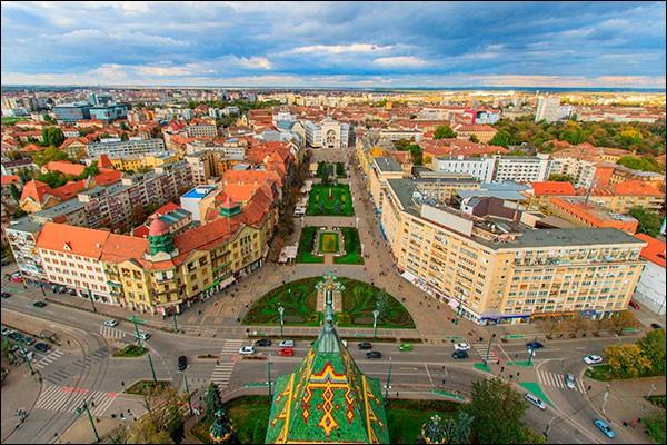 Cette ville roumaine de 300 000 habitants, dans le sud-ouest du pays, c'est :