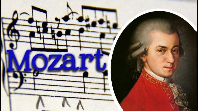 Quels sont les prénoms de Mozart ?