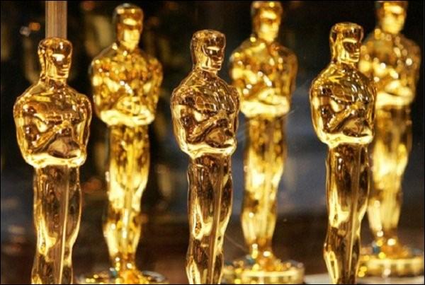 Lors de la première cérémonie des Oscars en 1929, quel film a été désigné meilleur film de l'année ?