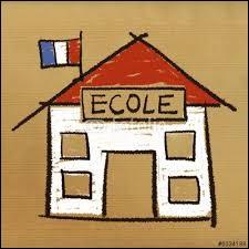 En France, dans quelle école se trouve un enfant qui a 10 ans ?