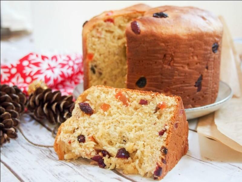 Le panettone est un gâteau traditionnel italien de Noël.