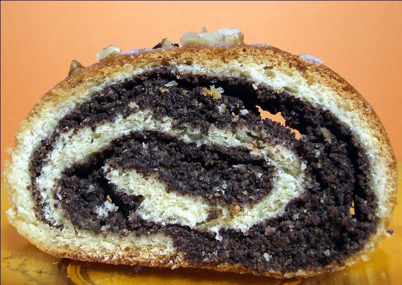 Le Makowiec qui est dégusté en Pologne est une brioche à base de...