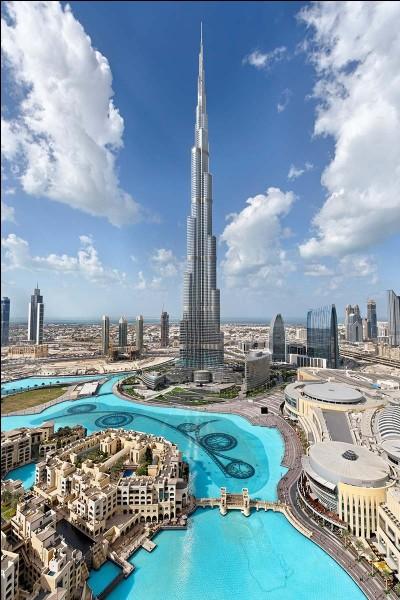 Quelle est la taille du Burj Khalifa ?