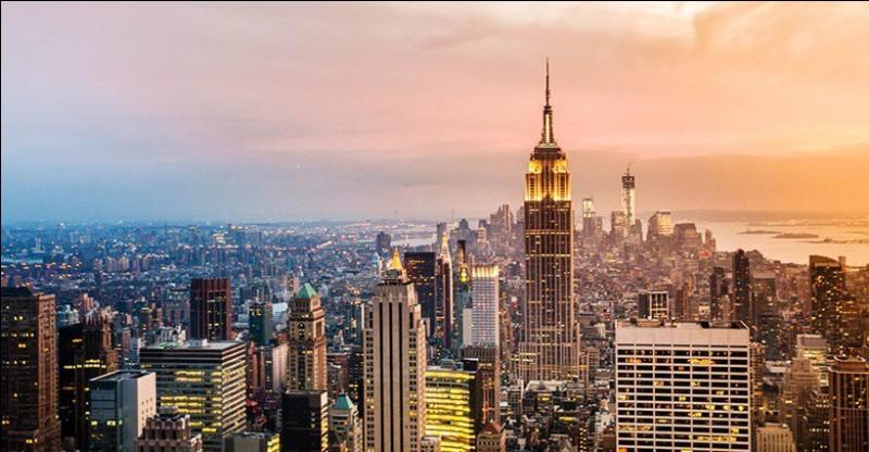 Quelle est la taille de l'Empire State Building ?