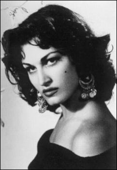 Sous quel nom Yolanda Gigliotti, née au Caire en 1933, était-elle mieux connue ?
