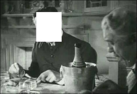 Quel acteur français a lancé un mémorable «Bizarre, bizarre,...» dans le chef d'oeuvre de Marcel Carné «Drôle de drame» (1937) ?
