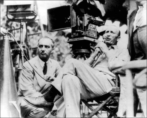 A quel réalisateur américain de l'âge d'or hollywoodien, né le 24 décembre 1886, doit-on des chefs d'oeuvre comme «Les Aventures de Robin des Bois» (1938) ou «Casablanca» (1942) ?