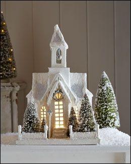 """Quel est le titre de cette chanson : """"La neige tombe aux portes d'une église où est assise une enfant de Strasbourg"""" ?"""