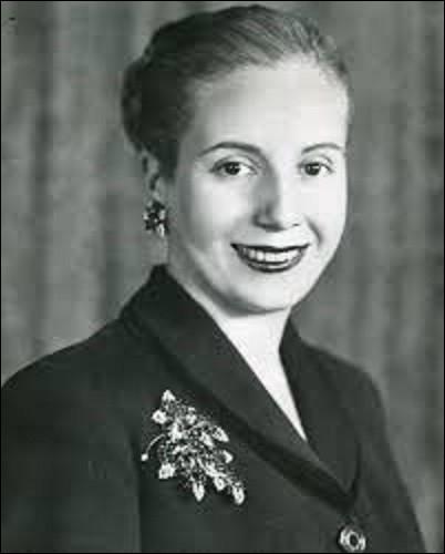 Née Eva Duarte le 7 mai, mieux connue sous le nom d'Eva Perón ou Évita, actrice et femme politique, elle épousa le 22 octobre 1945 le colonel Juan Domingo Perón, qui deviendra président de la République un an plus tard jusqu'en 1955. De quelle nation d'Amérique du Sud deviendra-t-elle la Première dame ?