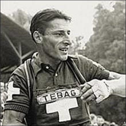 Coureur cycliste suisse, professionnel entre 1940 et 1957, Ferdinand Kübler, dit ''Ferdi'' ou Ferdy Kübler, naît à Marthalen le 24 juillet. Comptant plus de 400 victoires et le championnat sur route 1951, il remporta également un Tour de France. En quelle année ?